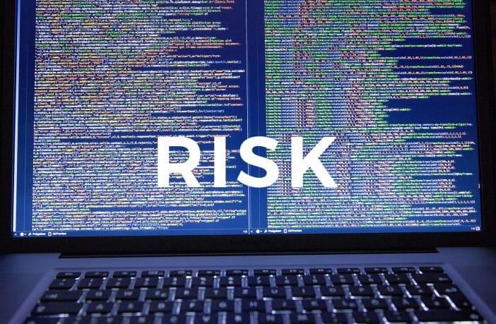 「リスク(情報セキュリティリスク)」という言葉をどのように定義していますか